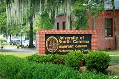 南卡罗来纳大学和迪尤肯大学实力比较