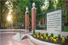 俄亥俄大学和波士顿学院实力比较