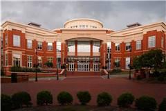 北卡罗来纳大学夏洛特分校和北达科他大学实力比较
