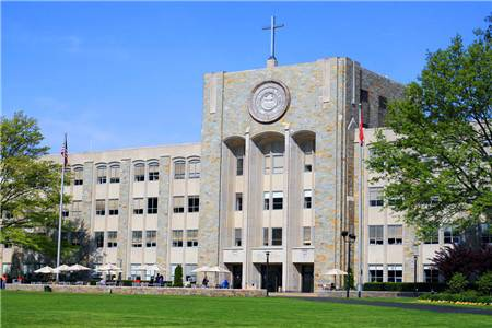 圣约翰大学排名第152(2019年USNEWS美国大学排名)