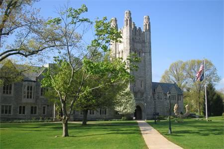 康涅狄格大学排名第63(2021年USNEWS美国大学排名)