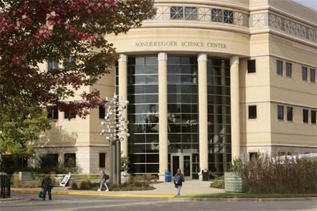 艾格伍学院和博林格林州立大学哪个好?艾格伍学院和博林格林州立大学实力排名比较