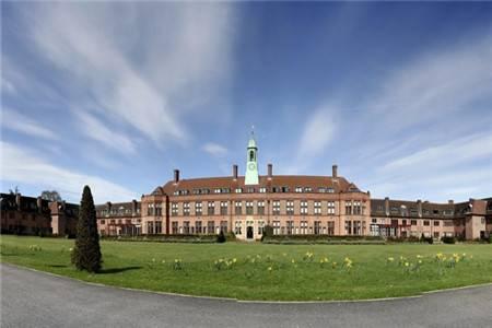 利物浦霍普大学排名第43(2020年卫报英国大学排名)