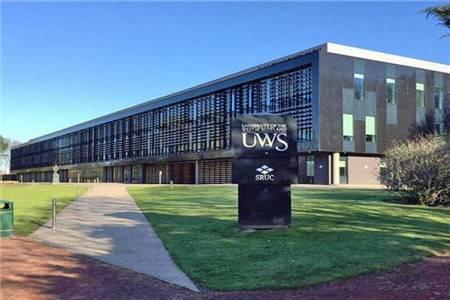 西苏格兰大学排名第120(2021年卫报英国大学排名)