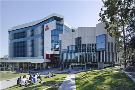 格里菲斯大学世界排名最新排名第320(2020年QS世界大学排名)