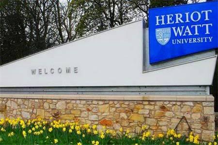 赫瑞瓦特大学会计与金融专业排名第8(2018年卫报英国排名)